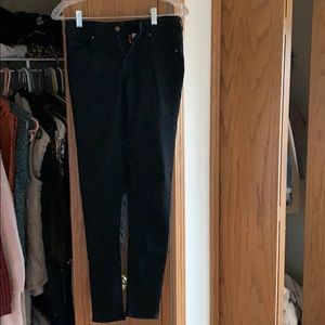 Black jegging/jean